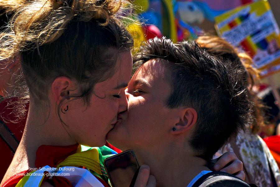 site rencontre gay france à Bordeaux